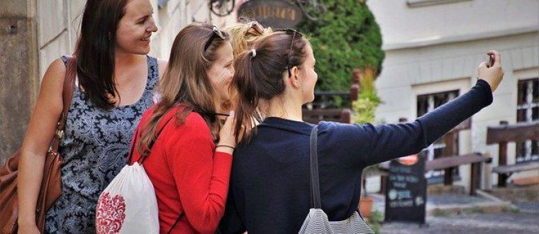 לנוסע המתמיד: איך לנהל עמוד טיקטוק בנושא תיירות וטיולים?